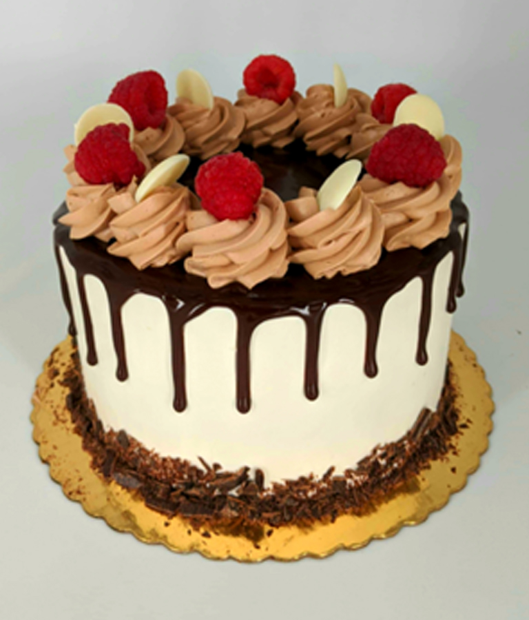Formicas-Cake-6inch